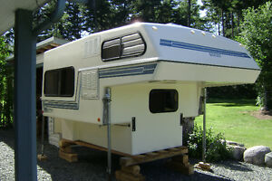 BIGFOOT CAMPER 8'