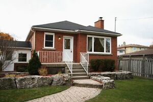Detached home in Hamilton Mountain West for $2200 aval 1-Aug-17