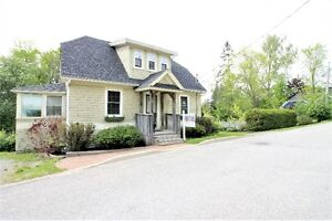 Charming home on Beautiful private lot - Hampton