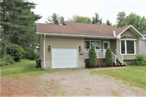Well maintained Petawawa home