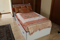 Two twin Children's Bed for Sale