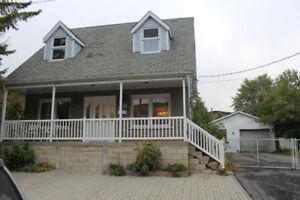 Belle et Élégante maison à vendre à Pointe-Aux-Trembles
