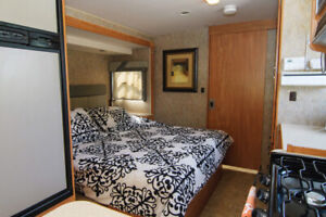 Well maintained 2007 29' Cambria Itasca Available For Rent