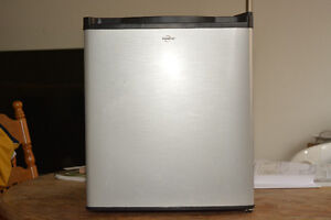 refrigerateur de voyage 1.7cu ft