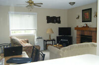 COLLINGWOOD CONDO ..... CHECK OUT OUR PICS !!!!