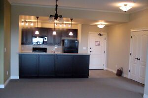 2 Bed, 2 Bath, large balcony with park view Spruce Grove (VER)