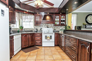 Stunning west end home for sale!!! $319900.00 St. John's Newfoundland image 3