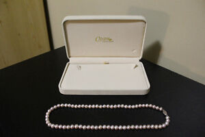 Charm Diamond Centre Champagne Pink Pearl Necklace