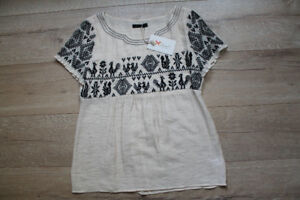 NWT Ruche Anthropologie folk embroidered blouse, small