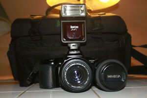 Minolta Maxxum 3xi 35mm Film Camera with 2 Lenses Flash & Bag