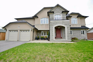 BEAUTIFUL HOME IN NEWMARKET!