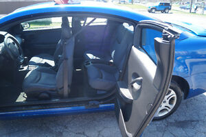 2004 Saturn ION Midlevel Coupe (2 door) Kitchener / Waterloo Kitchener Area image 6