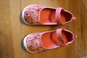 CROCS shoes Girls youth size 3
