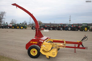 LOOKING FOR NH 790 HARVESTER & HEADS