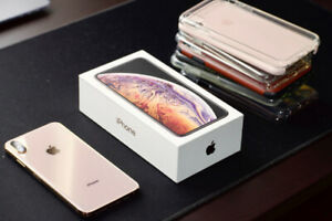 iPhone Xs MAX 64 GB Gold FACTORY UNLOCKED