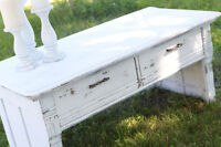 White Shabby Chic Coffee Table with 2 Drawers