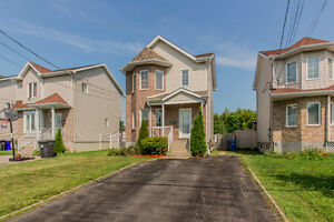 Vaudreuil-Dorion Starter Home Close to Train and Amenities