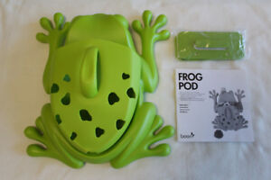 Brand new Boon frog pod bath toy scoop