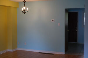 3+1 bedroom townhouse, stunning renovation and excellent locatio London Ontario image 2
