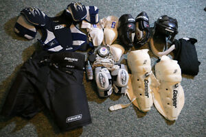 Men's Hockey Gear Good Quality Good condition $100 or best offer Peterborough Peterborough Area image 1
