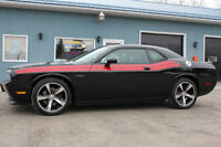 2014 Dodge Challenger R/T Classic Coupe(2 dr) 5.7L V8 & Sunroof