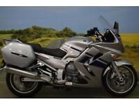 Yamaha FJR1300 2009 ** SERVICE HISTORY, PANNIERS, HEATED GRIPS **