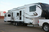 Amazing Family Style Fifth Wheel!