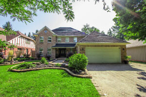 11 Woodstream, Fonthill:  4 BEDROOM OPEN HOUSE