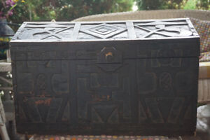 Handcrafted Balinese trunk