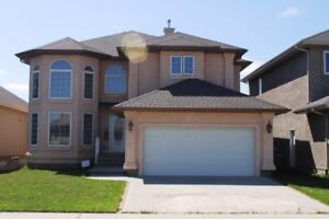 Spectacular 2 Storey Home in West Edmonton for $586,000