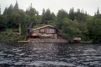 BEAUTIFUL LAKEFRONT CHALET Bord Lac LAKE Archambault St-Donat