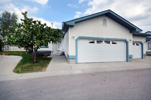 Adult Bungalow in South East Edmonton