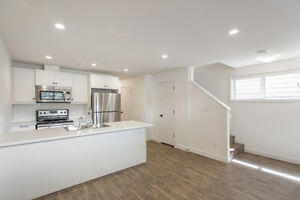 Beautiful New 2 Bedroom Arnheim Place Candy Cane Park