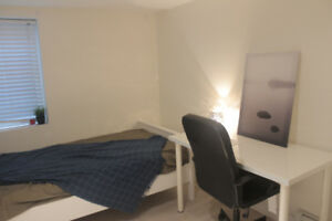 Room @heart of Kits! furnished, utilities+wifi incl, bus nearby!
