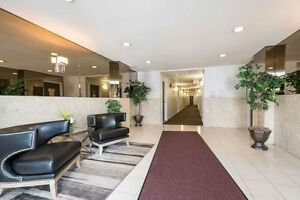 SPACIOUS RENOVATED SUITES WITH 2 BATHS! London Ontario image 9