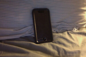 IPHONE 5C - 32GB - COMES WITH CASE