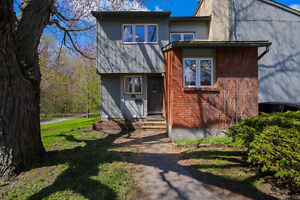 Condo for Sale in Tanglewood