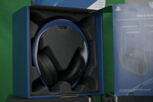 PlayStation Gold Headset with Box