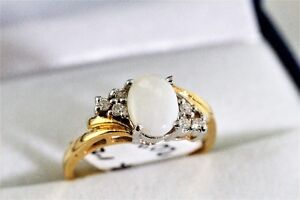 BRAND NEW 14K. ITALIAN GOLD DIAMOND & WHITE OPAL RING FOR SALE