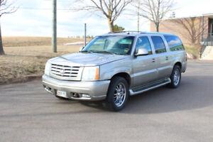 2003 Cadillac Escalade SUV, Crossover
