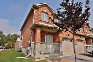 For Rent 3 bed 2.1 bath end unit Townhome in Stoney Creek