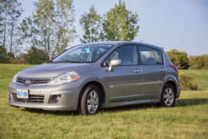 2010 NISSAN VERSA - ONLY 89000KM - PERFECT CONDITION