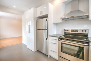 Outremont Adjacent Renovated Condo Style 4.5, October 1st!