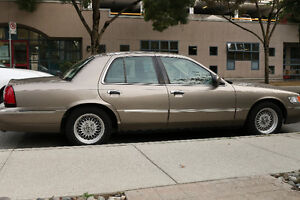 Reduced: 2001 Mercury Grand Marquis LS: Very comfortable ride.