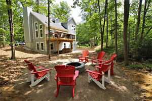 Rustic Chic Cottage for rent Ready to sleep 6 Adults