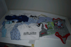 Bags of baby boys clothing 0/6 months !