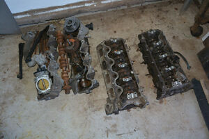 Set of heads 5.4 L Triton Ford 2005