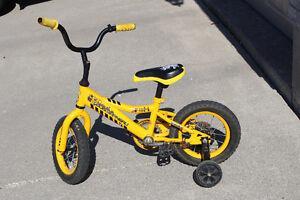 """Boy's bike - 12"""""""