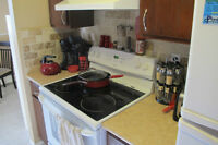 Ideally located West End 2 Bed 1.5 Bath Condo for rent July 1st