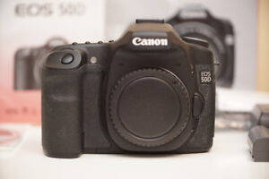 Canon EOS 50D DSLR with Box , 3 Batteries & 5 CF Cards